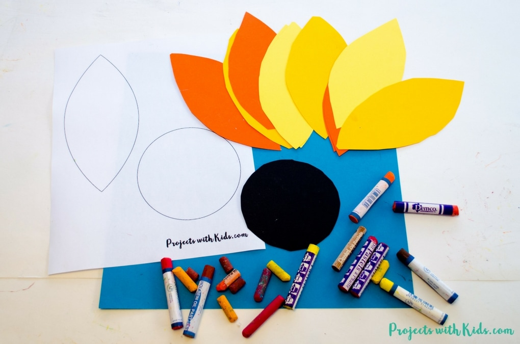 This autumn sunflower craft with oil pastels is a beautiful way to bring the vibrant colors of fall indoors. Kids will love exploring oil pastels and the different textures that can be made. Read the full post to download your FREE sunflower template!