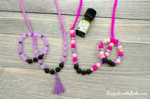 Lava bead diffuser jewelry for kids is so easy and fun to make! Kids can customize their diffuser jewelry with their favorite colors and essential oils, or they can customize it for a special handmade gift for Mother's Day or any occasion. A great diy jewelry craft for kids!