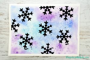 Create stunning snowflake watercolor winter art with simple watercolor techniques that kids of all ages can do and get amazing results! Kids will love exploring watercolors and different techniques to create this winter painting.