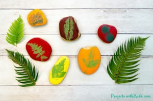 This leaf printing art project is a gorgeous fall craft that kids will love making! An easy painted rock idea that would make a great addition to your fall decor this holiday season.
