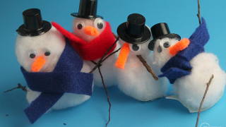 How to Make a Snowman Craft with Preschoolers