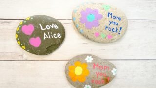 Mother's Day Painted Rock Craft with Fingerprint Art