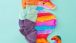 COLORFUL WATERCOLOR SEAHORSE ART FOR KIDS