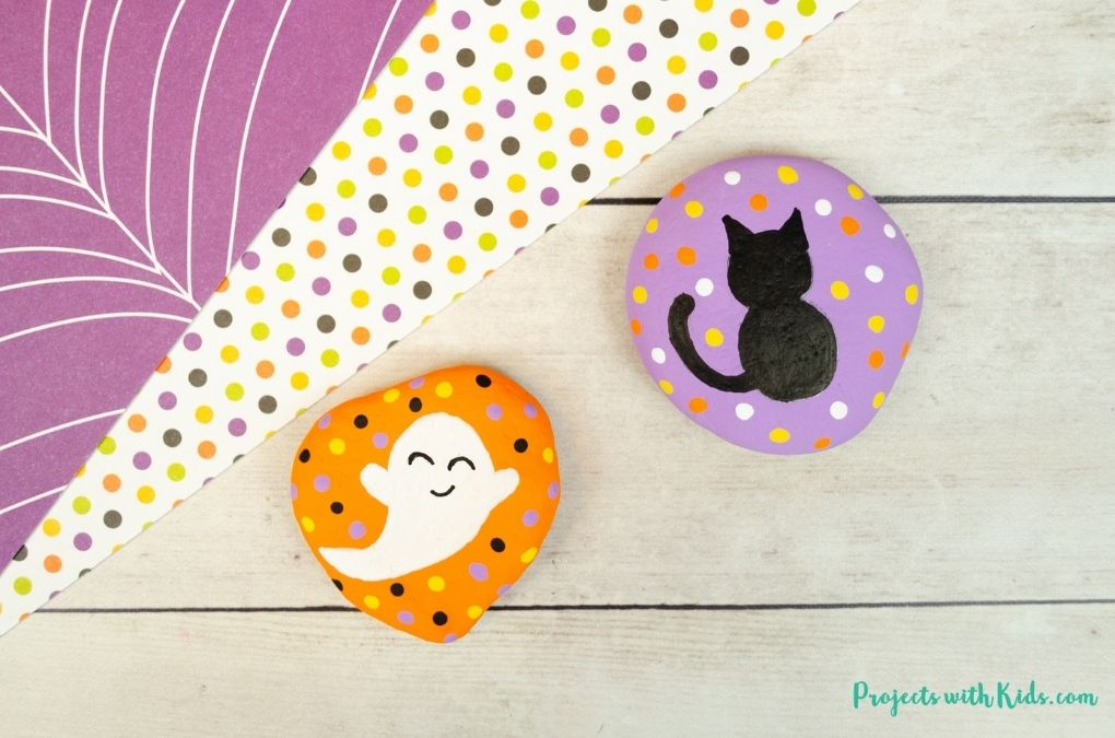 Easy Halloween painted rocks painting idea for kids.